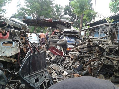 Tumpukan BMW di Kampakan